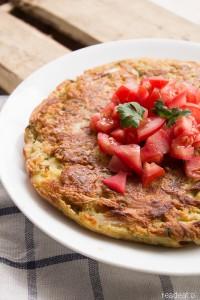 Wegańska tortilla espanola z boczniakami i pietruszką