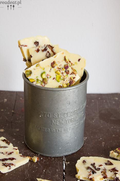 domowa pistacjowa biała czekolada
