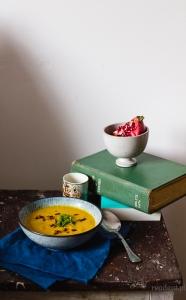 Zupa dyniowa z miso i imbirem