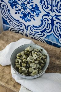 Fava beans with coriander, Portuguese style