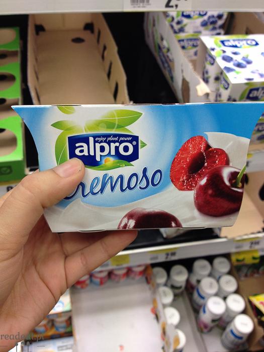 sosjowy jogurt czereśniowy
