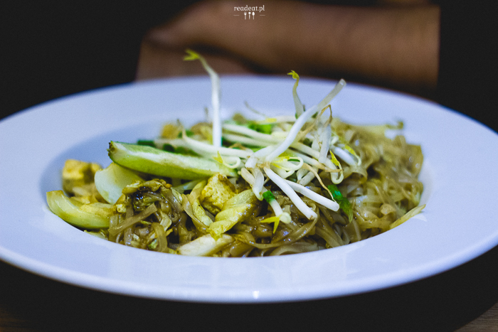WOK Kraków pad thai vegan